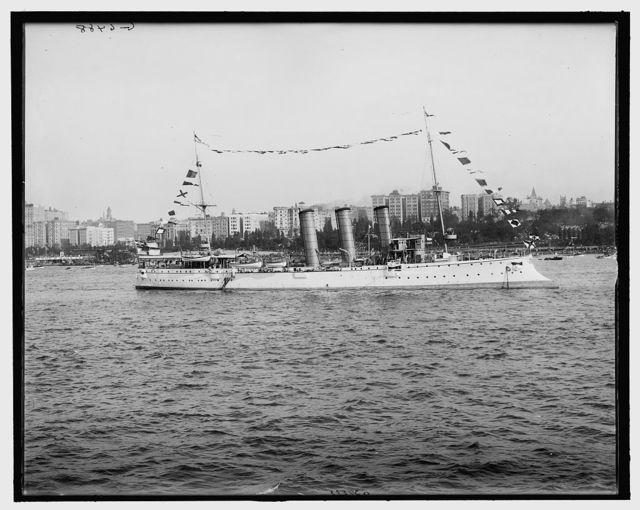 [Bremen, German cruiser]