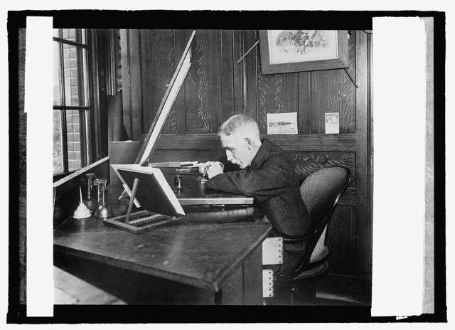 Bureau Eng. & Ptg., an engraver at work