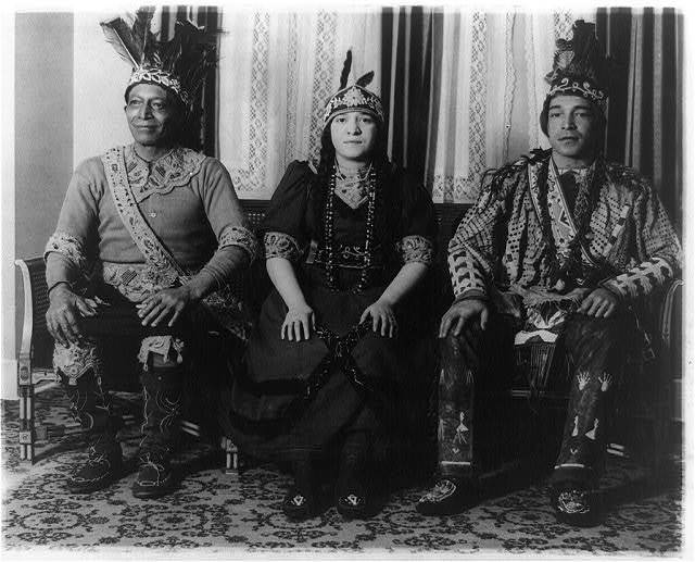 [Chief Lemuel Occum Fielding, his daughter Mrs. Myrtle Germaine, and his son, Everett M. Fielding, seated, full-length portrait, facing front]