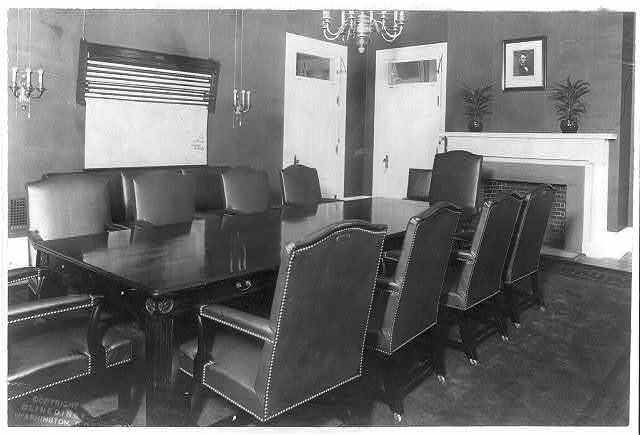 [D.C. Wash. - White House Offices: Conference room with table and ten chairs]