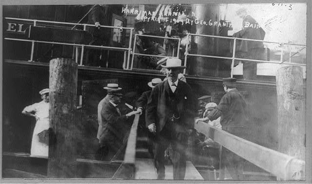 [Edward Henry Harriman, railroad magnate, departing boat and arriving in New York]