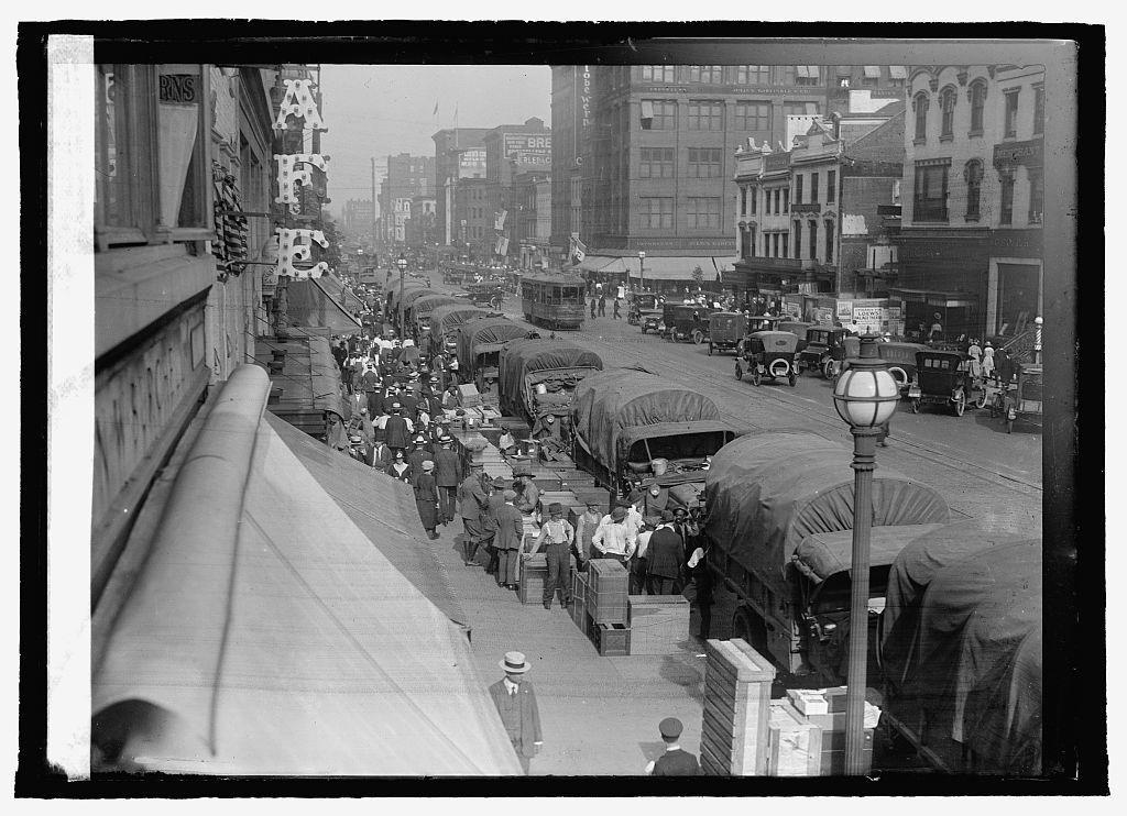 F Street, war time, Washington