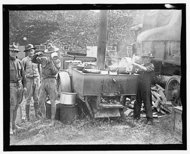 Field kitchen, 1st Div. boys