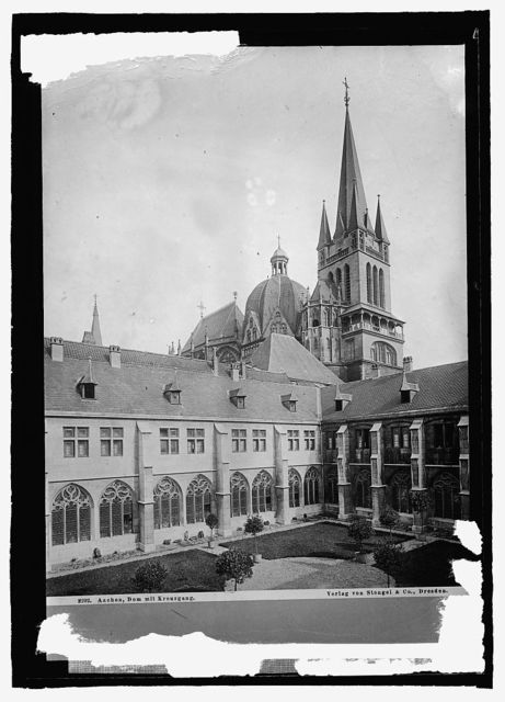 Germany, Aachen. [...] la Chapel Cathedral with Cloister