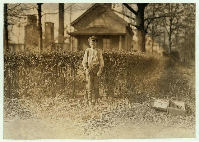 Johnnie Thomas, Charlotte, N.C. (See label on Photo 470).  Location: Charlotte, North Carolina / Photo by Lewis W. Hine.
