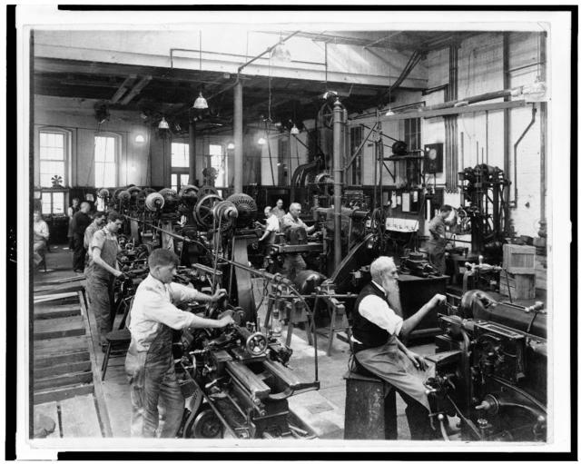 [Machine shop in the Government Printing Office, Washington, D.C.] / The Commercial Photo Co., Washington, D.C.