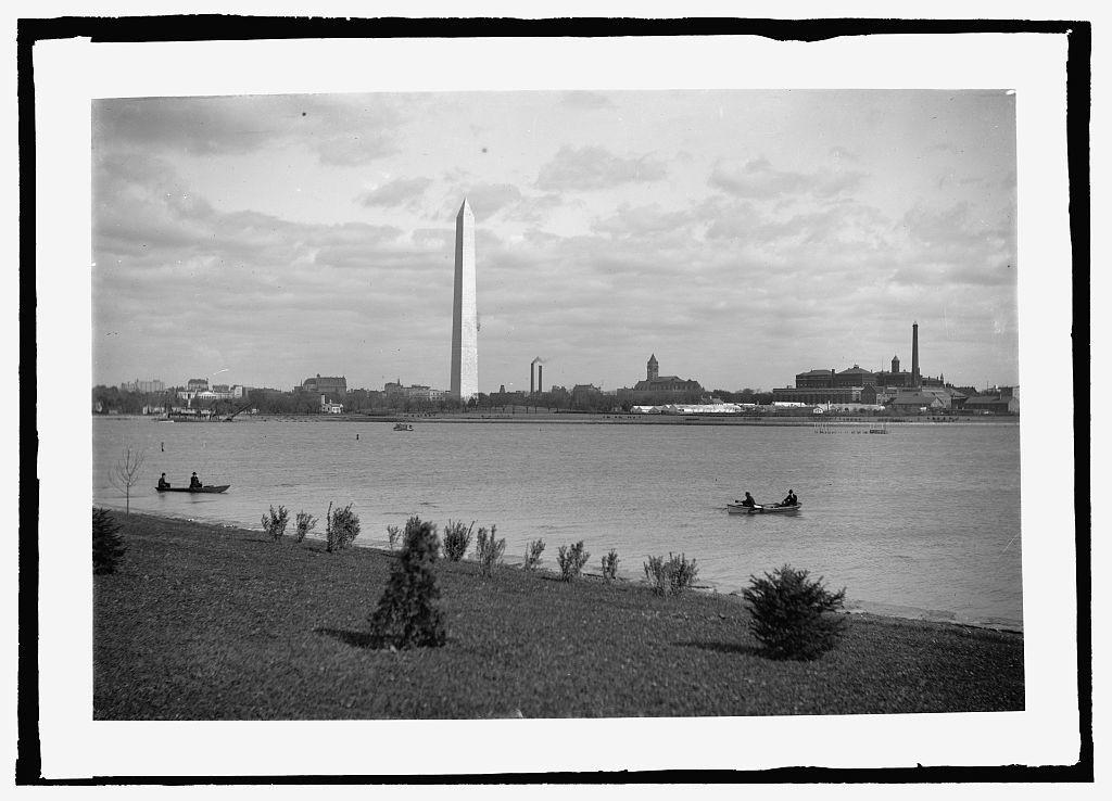 Monument & basin