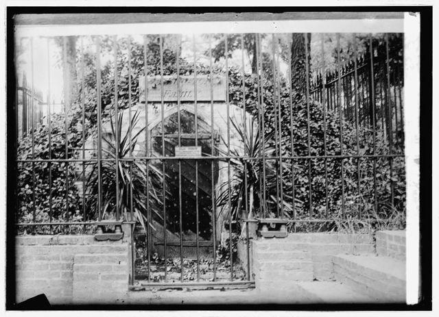 Mt. Vernon old tomb