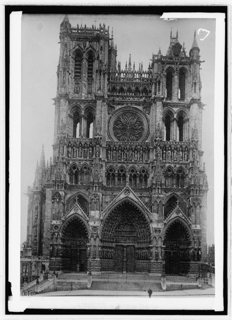 Notre Dame Cathedral. Amiens, France