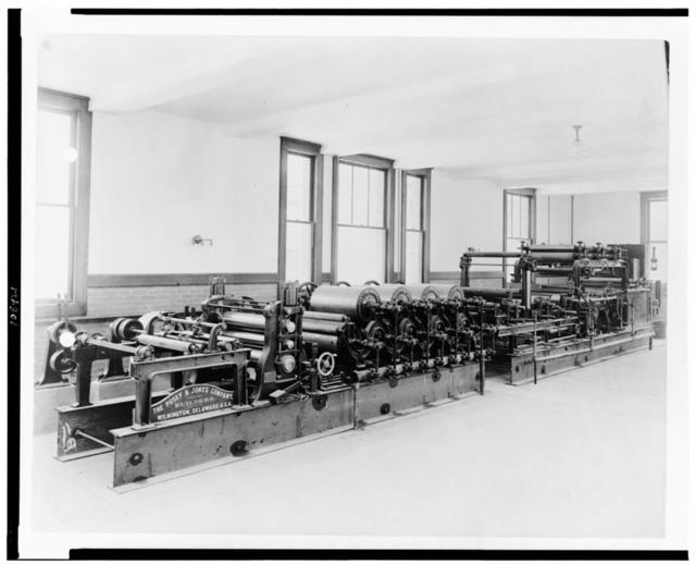 [Paper manufacturing machine of the Pusey & Jones Company, at the Bureau of Standards]