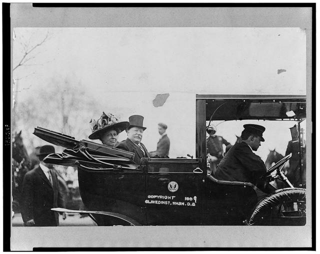President and Mrs. Taft in White House automobile