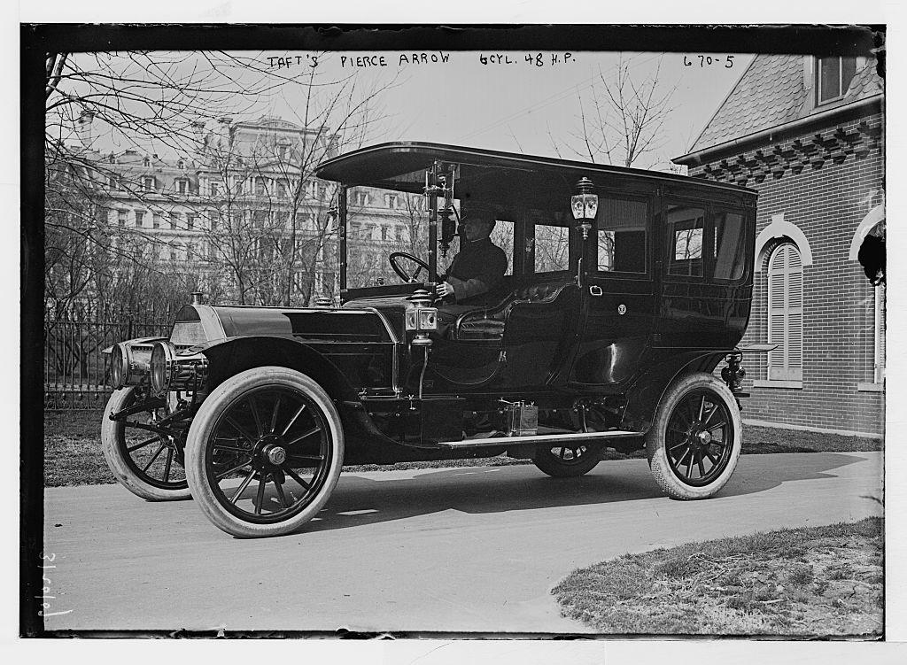"President Taft's ""Pierce Arrow"" - auto with 6 cycle, 48hp, Washington, D.C."