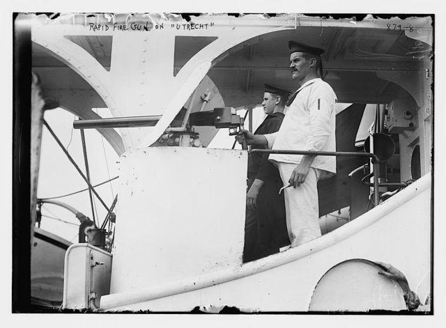 """Sailors at rapid fire gun on Dutch ship """"Utrecht"""""""