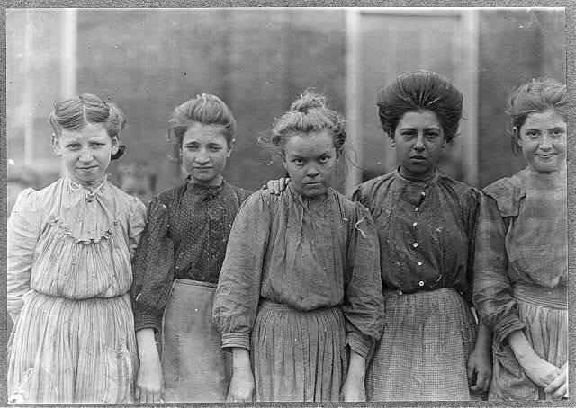 Some adolescents in Bibb Mill No. 1, Macon, Ga. Jan. 19, 1909. L.W.H.  Location: Macon, Georgia.