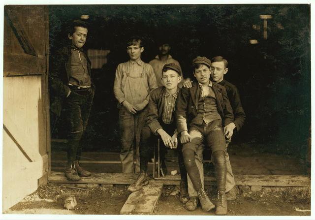 Woodbury Bottle Works. Woodbury, N.J. Noon hour. Woodbury, N.J. All are workers.  Location: Woodbury, New Jersey.