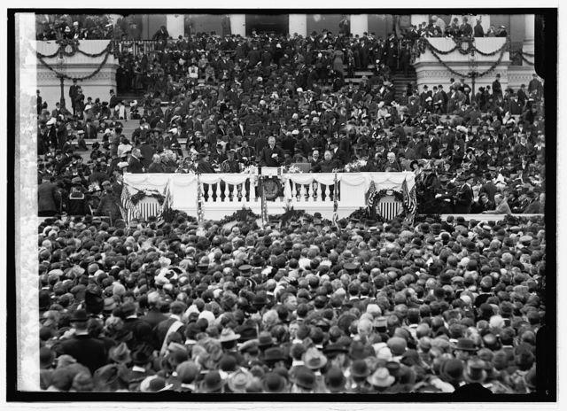 Woodrow Wilson reading Inaugural address