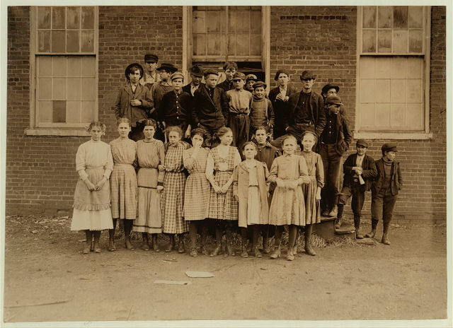 All these are workers in Sweetwater Hosiery Co.,.  Location: Sweetwater, Tennessee.