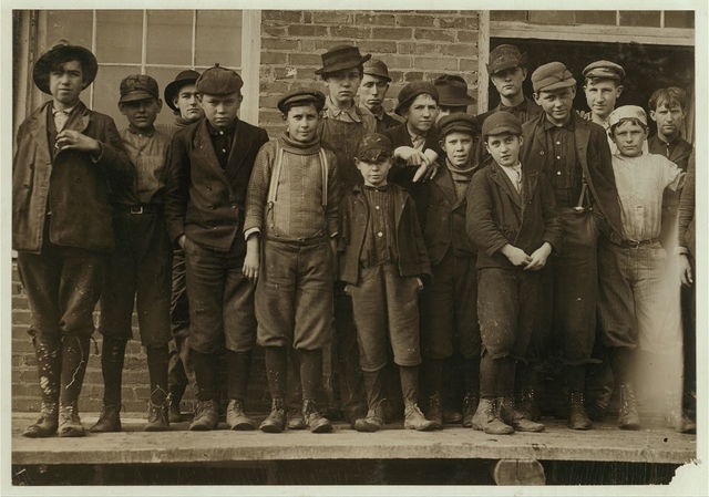 All workers that are in Sweetwater Hosiery Co., except smallest boy in middle, and there are many others even smaller than he in mills of this region.  Location: Sweetwater, Tennessee.