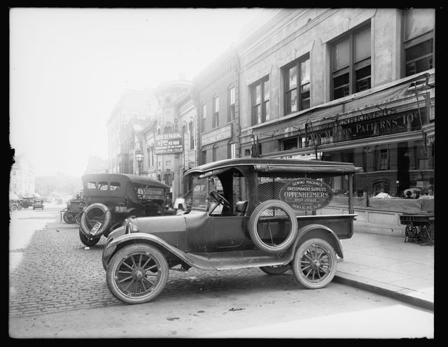 [Automobile with ad for Oppenheimer's shop, 800 E St., N.W., Washington, D.C.]