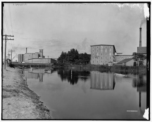 [Barnard and Wampanoag Mills, Inequedan River, Fall River, Mass.]