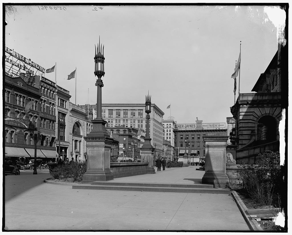 [City Hall plaza, Main Street, Worcester, Mass.]