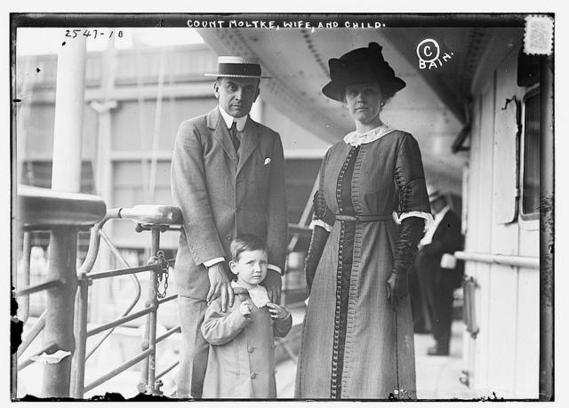 Count Moltke, wife and child