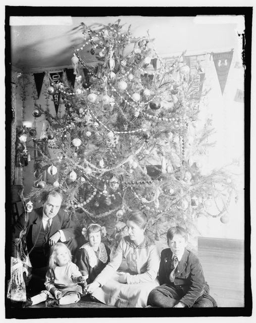 Dickey [Christmas tree]