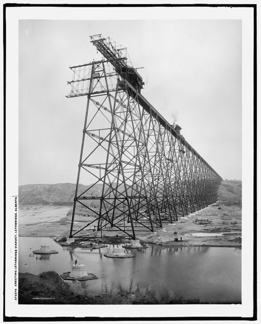 Erecting Lethbridge viaduct, Lethbridge, Alberta