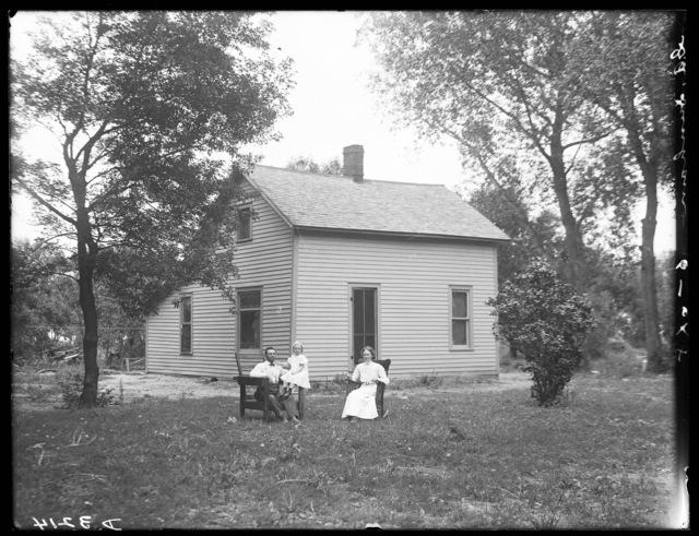 Farm house of G.A. Dunham, northeast of Shelton, Nebraska.