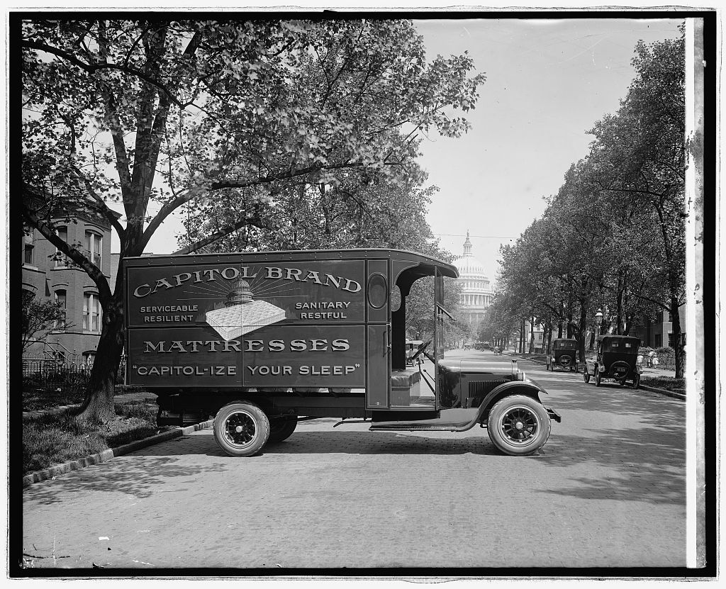 Ford Motor Co., Capitol bedding truck