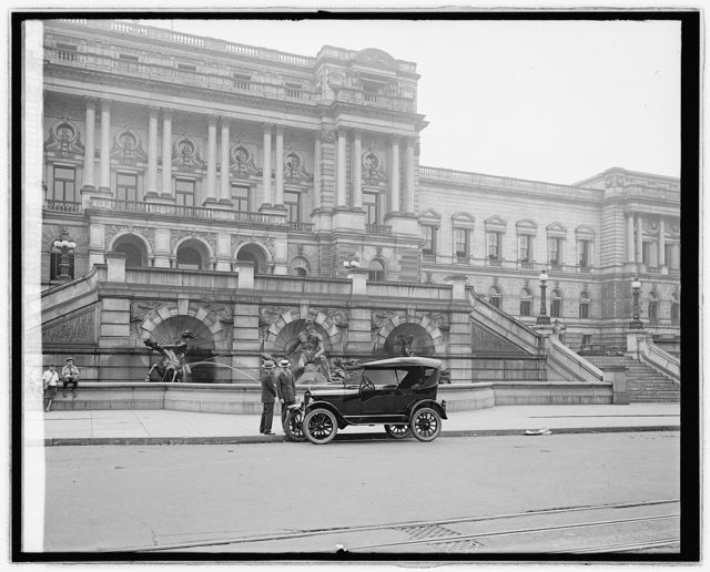 Ford Motor Co. Ford touring car at Library [of Congress, Washington, D.C.]
