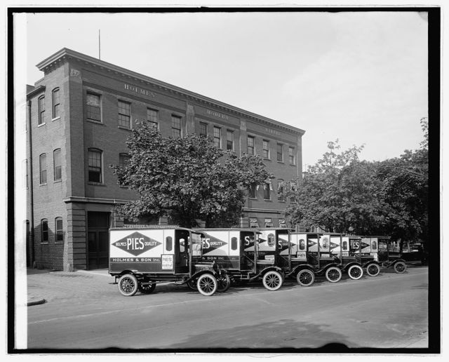Ford Motor Co., Holmes trucks
