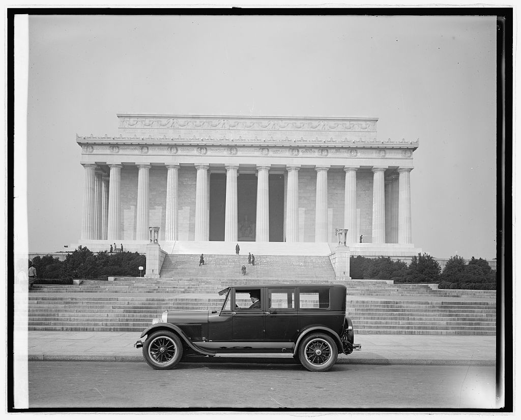 Ford Motor Co. Lincoln at Lincoln Memorial, [Washington, D.C.]