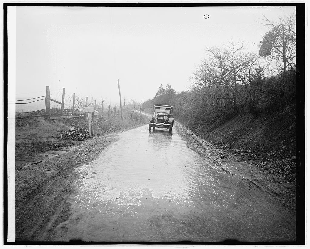 Ford Motor Co. Lincoln in Shenandoah Nat. Park, [Virginia]
