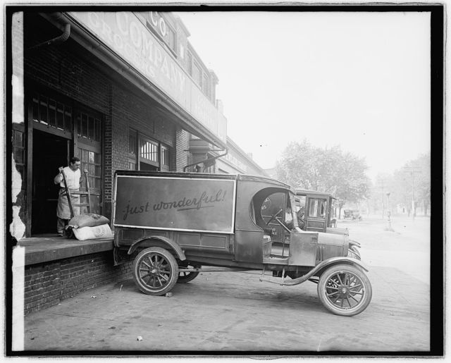 Ford Motor [Co. truck]