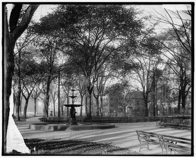 [Fountain in Lincoln Park, Portland, Maine]