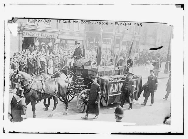 Funeral of Gen. Wm. Booth, London - Funeral Car
