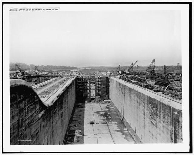 Gatun Lock chamber, Panama Canal