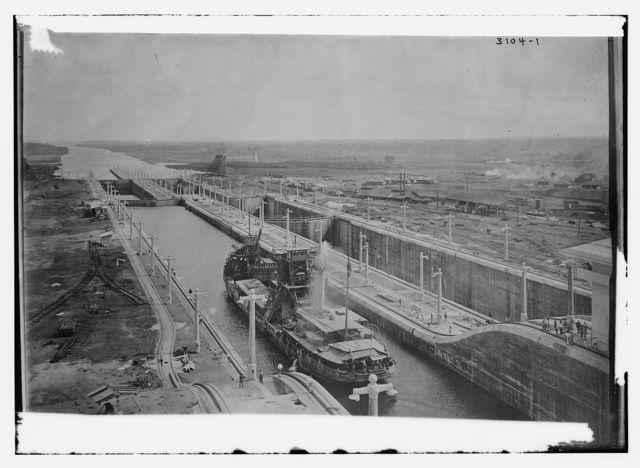 Gatun Locks -- Panama Canal