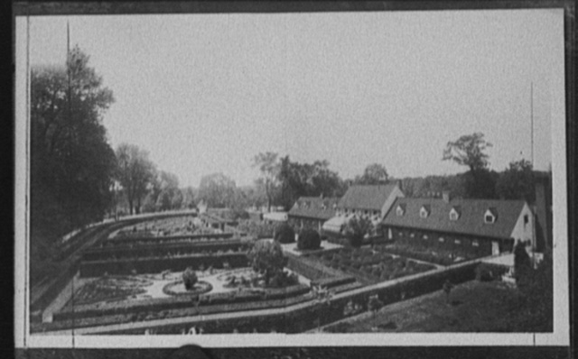 [General view of gardens and greenhouses, Mount Vernon, Va.]