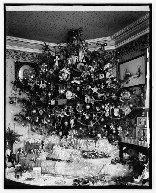 Hauck Christmas tree