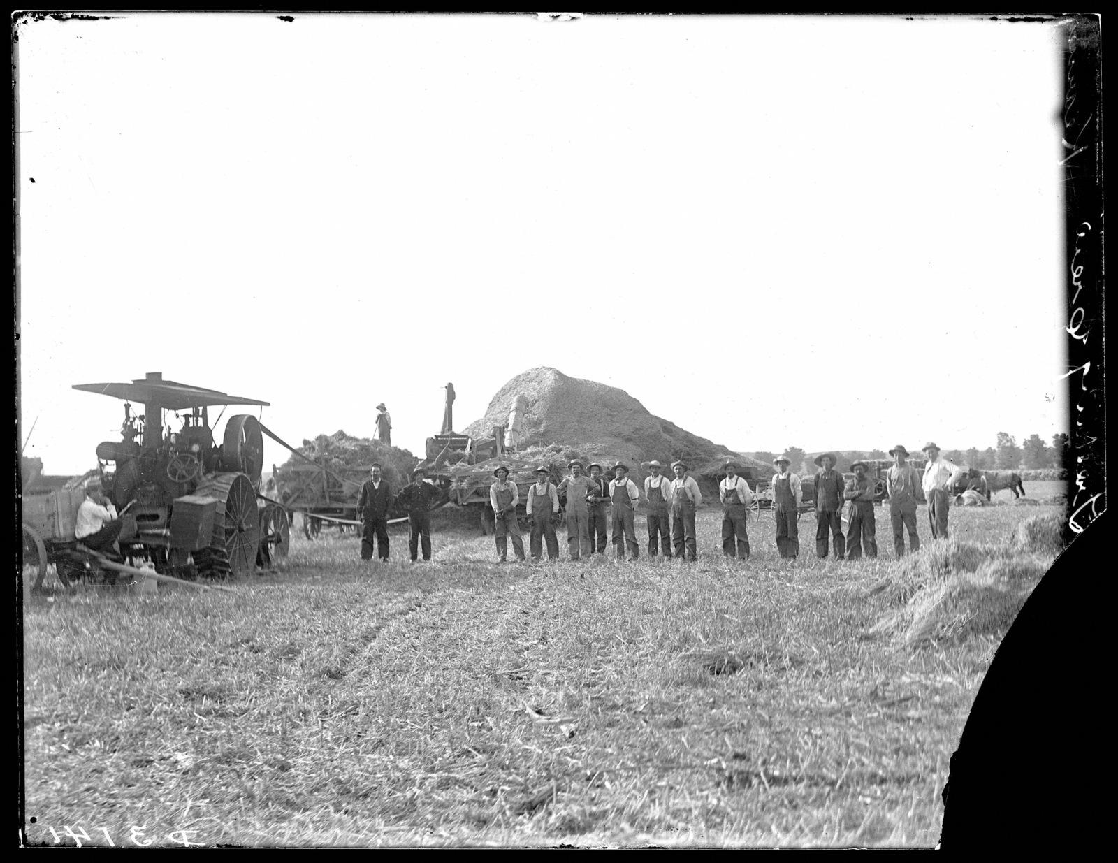 Hellrigles threshing crew west of Kearney, Nebraska.