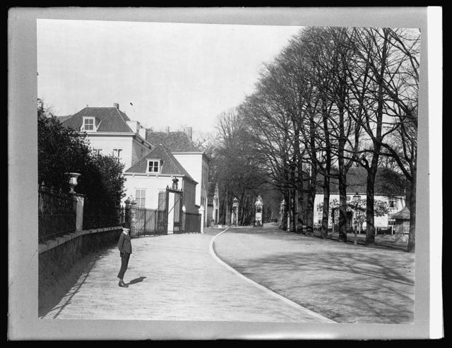 Holland. The Hague, road to Scheveningen