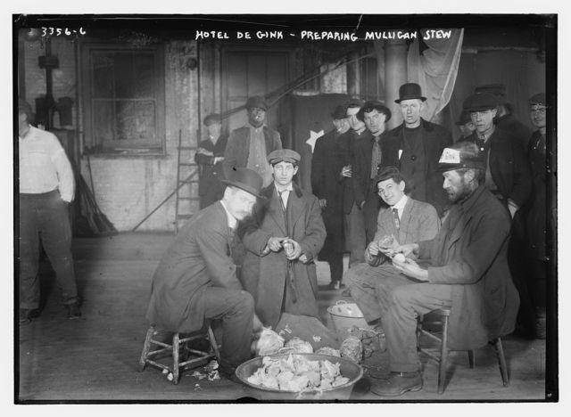 Hotel de Gink -- preparing Mulligan stew
