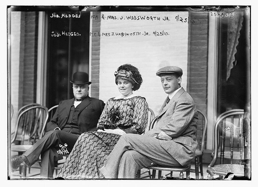 Job Hedges, Mr. and Mrs. J. Wadsworth Jr.