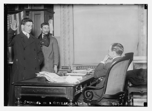 Judge in chambers swearing in a new citizen, New York, from the Bain Coll. / Bain Collection