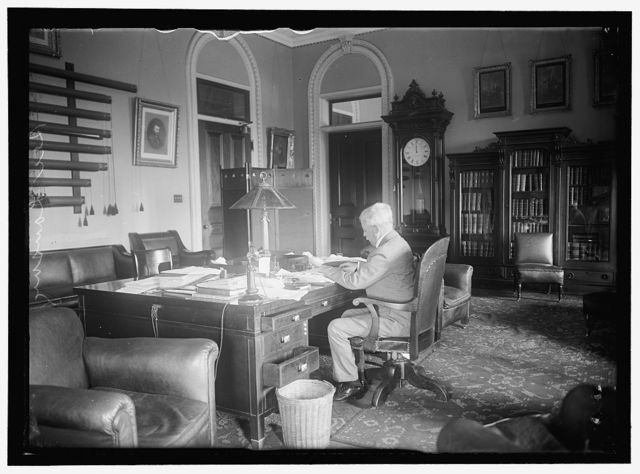 LANSING, ROBERT. SECRETARY OF STATE. AT DESK