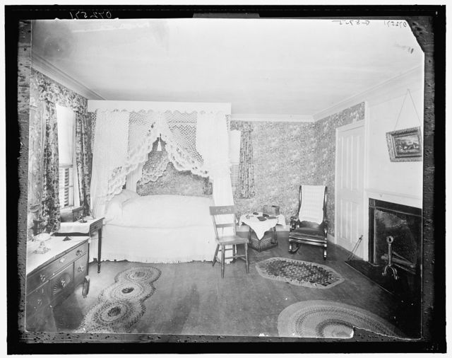[Miss Abigail's room, Thomas Bailey Aldrich Memorial, Portsmouth, N.H.]