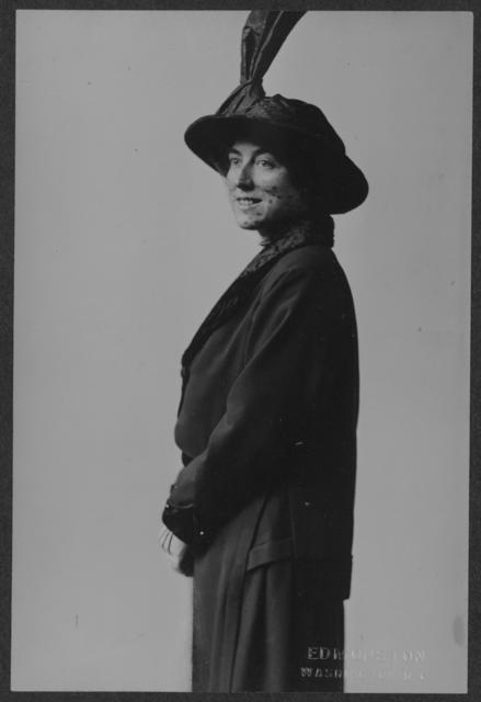 Miss Ruth Astor Noyes of Washington, D.C.