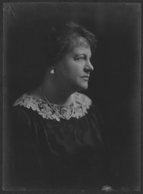 Mrs. Stephen Pell [Sarah Thompson Pell], 777 Madison Av, NYC, Finance Ch[air] of [National] Woman's Party